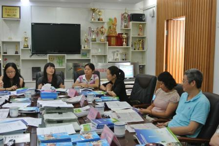 滨河小学召开《家校社合力培养小学生阅读素养的行动研究》课题结题会